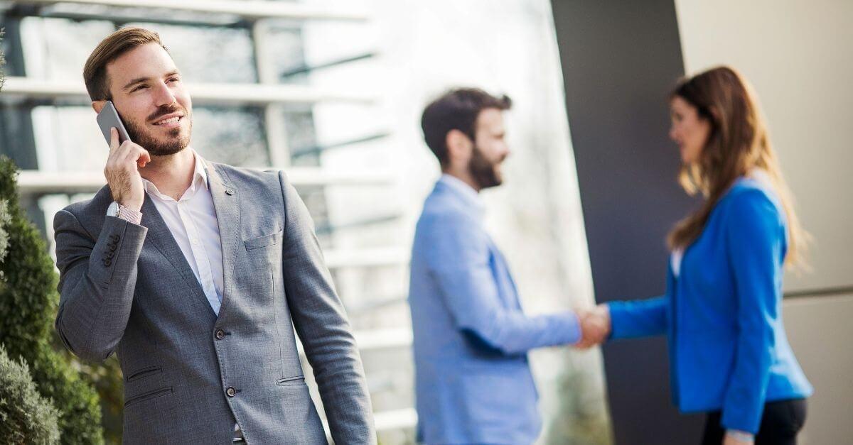 a-merchant-services-sales-agent-meeting-with-a-client-in-la-porte
