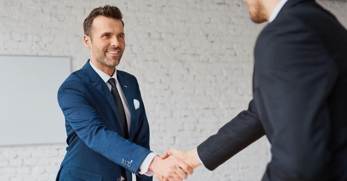 an-iso-agent-in-pleasanton-tx-closing-a-deal